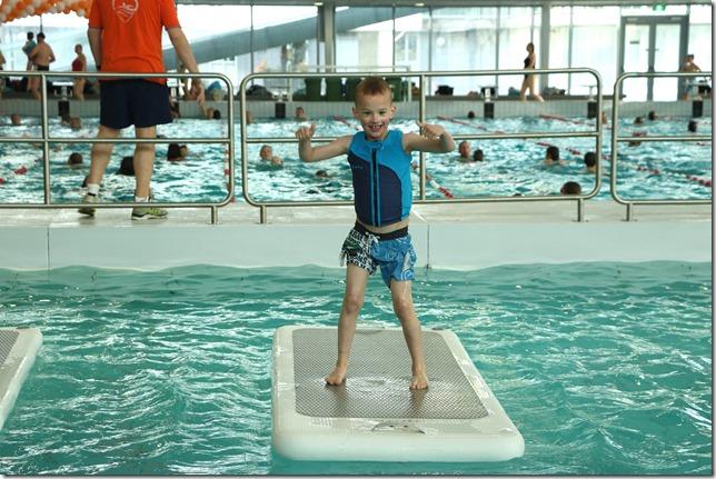 P E R S B E R I C H T Open Dag in zwembad AquaRijn - floatfit